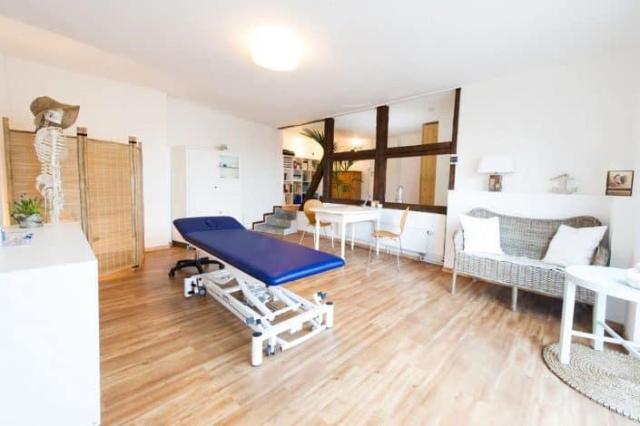 Behandlungsraum - Osteomedicum - Liege für Osteopathie Behandlung in Kiel